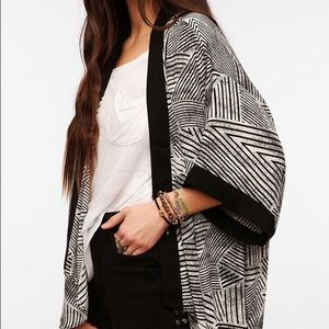 silence + noise silky banded kimono jacket